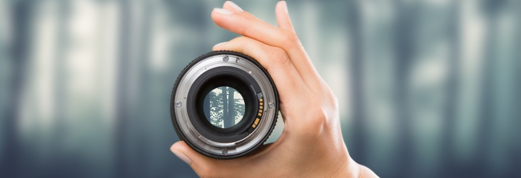 how does a monocular magnify distant objects