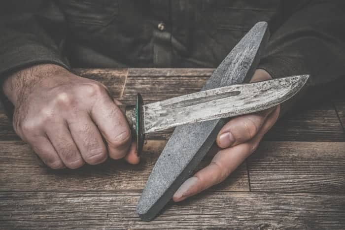 How to Sharpen a Hunting Knife Properly