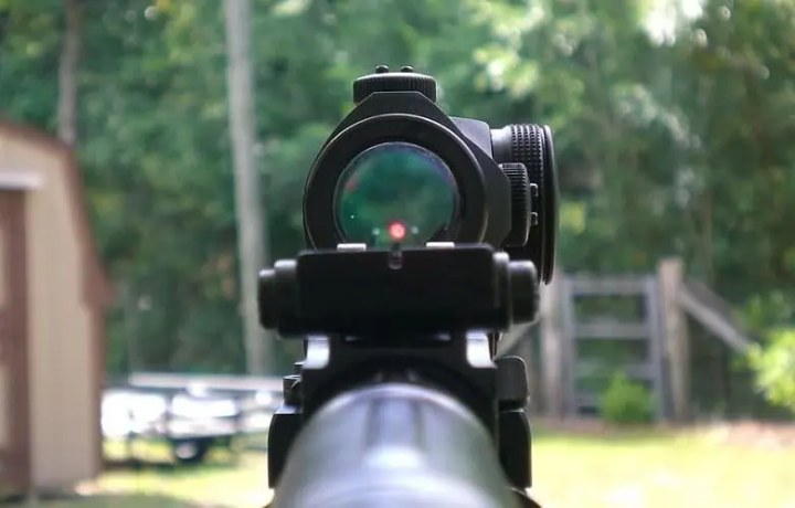 Sight in a Red Dot Scope
